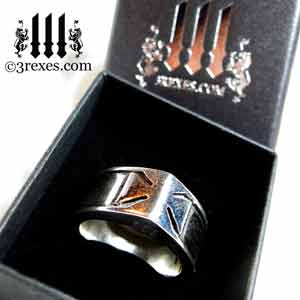 3-rexes-prestige-ring-box-mens-knights-templar-iron-cross-ring