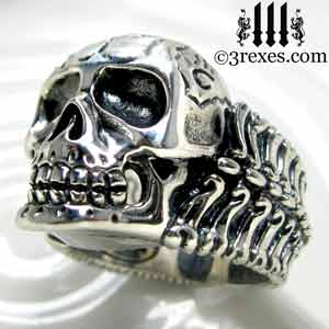 bones-biker-gothic-pirate-ring.jpg