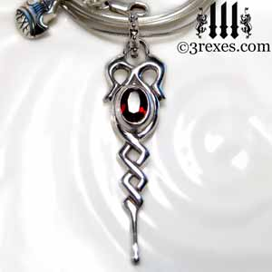 celtic-dripping-silver-necklace-garnet-stone