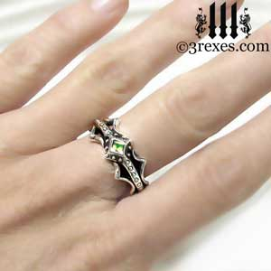 fairy-princess-engagement-ring-green-peridot-stone-sterling-silver-friendship-band-model-august-birthstone-jewelry