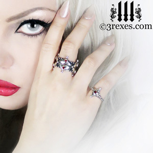 lovers-fairy-tale-crown-ring-imp-ring-gothic-garnet-stone-3-rexes-jewelry