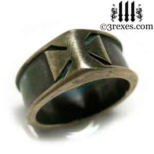 mens-brass-templar-iron-cross-ring-dark-patina-band-3.jpg