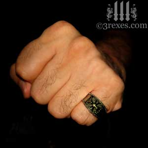 mens-studded-iron-cross-ring-knights-templar-band-dark-brass-model-fist-300-3-rexes-jewelry