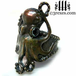 octopus-dream-ring-dark-brass-black-onyx-stone-eyes-gothic-studded-band