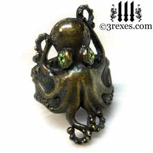 octopus ring dark brass green peridot stone eyes gothic steampunk studded band