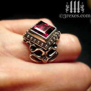 ladies-raven-love-silver-wedding-ring-gothic-garnet-stone-medieval-engagement-band-model-detail-5-january-birthstone-jewellery