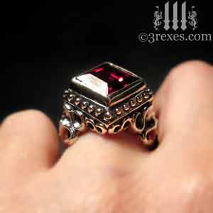 raven-love-silver-wedding-ring-gothic-garnet-stone-medieval-engagement-band-model-detail-january-birthstone-cocktail-statement-ring-with-sterling-studs