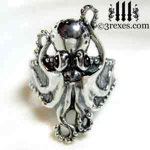silver-octopus-dream-ring-black-onyx-cabochon-stone-eyes-studded-band gothic by 3 rexes jewelry