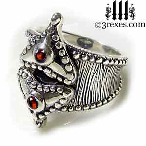 studded-hearts-fairy-tale-gothic-silver-ring-side-garnet-300.jpg